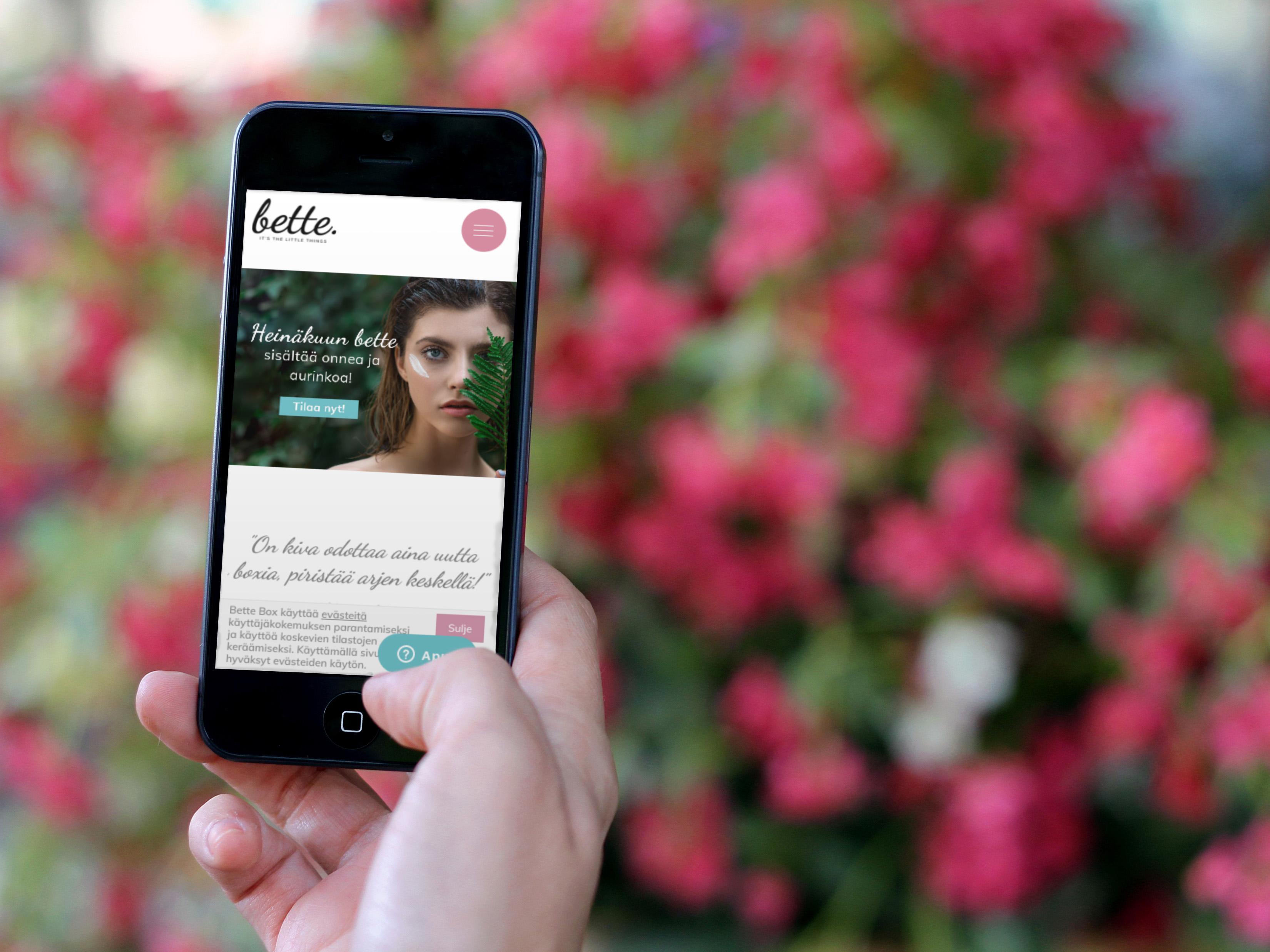 Bettebox.fi verkkokaupan etusivu älypuhelimen näytöllä.